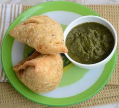 Punjabi Samosa with the filling of potato or green peas, chicken or any thing which you may like.