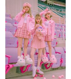 Estherloveschuu ribbon cap - I know you wanna kiss me. Thank you for visiting CHUU. Harajuku Fashion, Kawaii Fashion, Lolita Fashion, Cute Fashion, Friend Outfits, Kpop Outfits, Cute Outfits, Fashion Outfits, Aesthetic Fashion