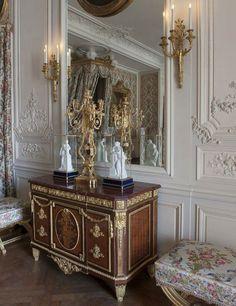 La chambre de Madame Adélaïde.