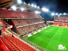 21.12.2016 Royal Standard de Liège – KSC Lokeren Oost-Vlaanderen http://www.kopane.de/21-12-2016-royal-standard-de-liege-ksc-lokeren-oost-vlaanderen/ #Groundhopping #Fußball #fussball #football #soccer #kopana #calcio #fotbal #travel #aroundtheworld #Reiselust #grounds #footballgroundhopping #groundhopper #traveling #heutehiermorgenda #floodlights #Flutlicht #tribuneculture #stadium #thechickenbaltichronicles #RoyalStandarddeLiège #StandarddeLiège #Liège #KSCLokern #KSC #Lokeren