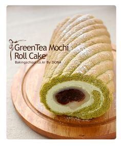 korean green mochi roll cake