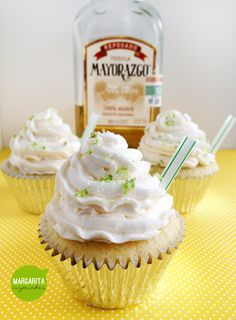 Margarita Cupcakes, perfect for Cinco de Mayo, made with tequila, triple sec and lime. Topped with a tequila lime buttercream! Margarita Cupcakes, Margarita Recipes, Flavored Cupcakes, Cupcake Recipes, Cupcake Cakes, Dessert Recipes, Just Desserts, Delicious Desserts, Recipes