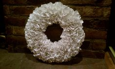 The Embellished Life: DIY Christmas Decorations: Paper Wreath