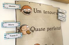 Pirates theme. 30x60cm board + 30 springs. Printed in any language!
