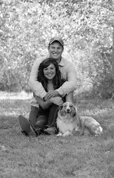 Country engagement photo with dog wedding engagement photos, engagement pic Country Engagement, Engagement Shots, Engagement Couple, Engagement Pictures, Wedding Pictures, Wedding Engagement, Engagement Ideas, Photos With Dog, Family Photos