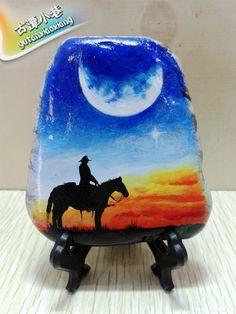 手绘石头 手绘石头画 彩绘石板画 防水个性月亮下的牛仔 (预定)-淘宝网