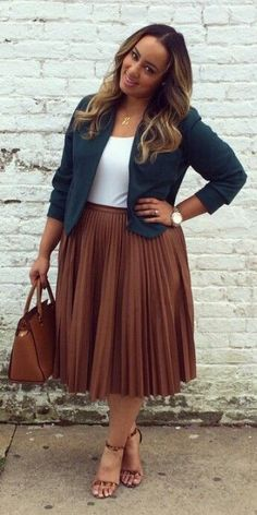 Pleated skirt They are all over the place, but have still not found a way into your wardrobe. Opt for one immediately. Nothing looks daintier on a fuller figure the way a pleated skirt does. If you are in the mood to layer up, bravely sport the tucked-in look, with a nice jacket thrown over, or pair it with a mid-length top. Either way, you will draw a lot of attention.