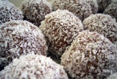 HCG Recipes Phase 3: Low Carb Chocolate Peanut Butter Balls