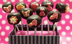 Tim Tam Cake Pops Recipe - Also can make with white Tim Tams and cover in white chocolate - yummo! Melting White Chocolate, Hot Chocolate Bars, Chocolate Recipes, Tim Tam Cake, Sweet Recipes, Cake Recipes, Cake Stall, Christmas Cake Pops, Recipe Finder