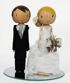 Noivinhos topo do bolo em madeira - Peg Doll, importados. A venda na lojadanoiva.com.br