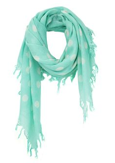 Pañuelo de lunares. polka dot cashmere scarf