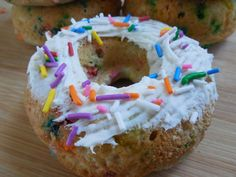 Weight watcher recipes, 3 smart points, Funfetti cake donuts by drizzle me skinny