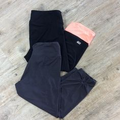 (2pc) ACTIVEWEAR Pre-Made Bundle Off brand legging Capri pants. soft material perfect for working out or matching with the perfect oversized sweater. Pants