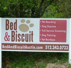 Dog Training Tips Dog Daycare, Boarding Dog Boarding Kennels, Pet Boarding, Animal Boarding, Dog Kennels, Pet Sitting Business, Pet Paradise, Dog Grooming Shop, Dog House Bed, Pet Hotel