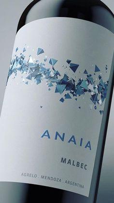 Wine Label Design, Bottle Design, Wine Poster, Wine Packaging, Wine O Clock, Wine Labels, Hot Shots, Package Design, Beverages