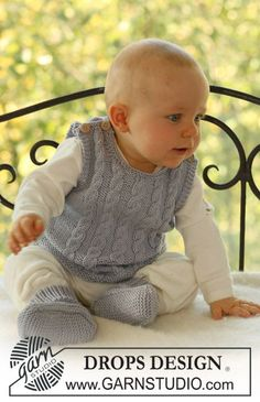 "sleeveless top and booties in ""Merino Extra Fine"" with cable pattern. ~ DROPS Design (free pattern)"