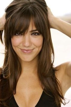 I want bangs like this. I don't think my hair is thick enough, though.