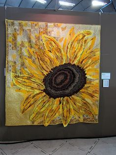a giant sunflower quilt at the Tokyo International Great Quilt Festival 2012