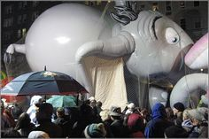Happy Thanksgiving USA – pictures from Macys Parade in NYC, New York City, Manhattan, balloons, inflating, elephant