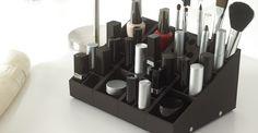 Rangement maquillage Uniq Organizer - Organisez et ordonnez, selon vos souhaits, tous vos produits de beauté préférés à portée de main. - www.uniqorganizer.com