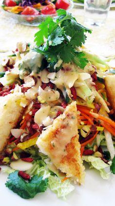 Vegan tangled thai salad....m,Mmmmm
