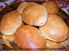 sweet yeast rolls... probably similar to the super delicious ones at jimmy mac's roadhouse