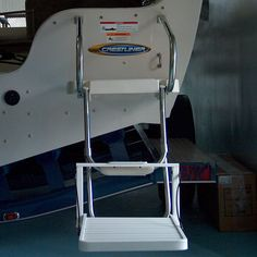 Mount the boat step to boat ladders or pool ladders