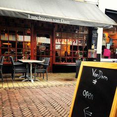 Lunchroom van Dam. Heerlijk ontbijt en lunch in een knusse Haarlemse sfeer. #haarlem #kleinehoutstraat #ontbijt #lunch