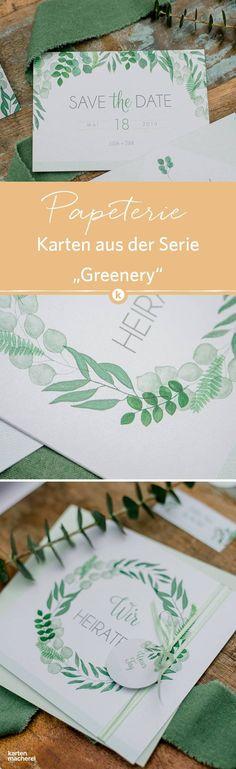 Typisch Greenery: Blätterranken aus Farn, Eukalyptus und Sanddorn im Aquarell - Look auf der Hochzeitspapeterie.