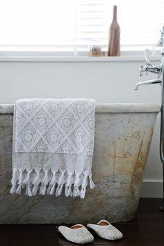 Image of Bath Towel - Flower