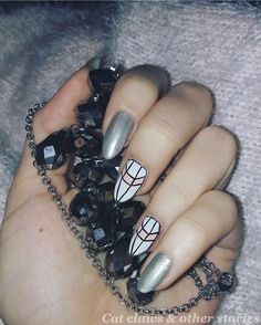 #graphicnails