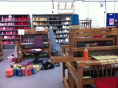 Work, weave studio.  Derby University. Love the space, wish I could have a setup like this