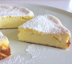 Gluten-free and fat-free ricotta pie. A cake there … – About Healthy Desserts Gluten Free Baking, Gluten Free Recipes, Super Torte, Sem Gluten Sem Lactose, Patisserie Sans Gluten, Light Cakes, Torte Cake, Plum Cake, Italian Desserts