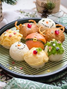 Christmas Sushi Balls (Temarizushi) | Chopstick Chronicles