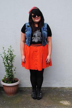 MessyCarla: A Fashion Blog In A Size 16: Not Photoshopped.  Gorgeous plus size women and fashion.
