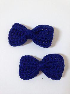 Crochet hair bows - navy 100% cotton £3 per pair