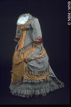 Robe 1877, 19e siècle A67.26A Cet artefact appartient au : © Musée du Nouveau-Brunswick