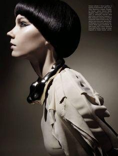 Vogue Italy Editorial August 2014 - Megan Thompson, Lisa Verberght & Pamela Bernier by Emma Summerton