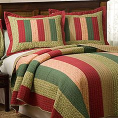 images of holiday bed quilts | Holiday Stripe Quilt Set | Overstock.com Comforter Sets, Bed Quilts, Christmas Bedding, Striped Quilt, Quilt Sets, Christmas Projects, Quilt Patterns, Bedroom Decor, Scrappy Quilts
