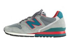 J. Crew has always been known to release seriously clean New Balance collaborations for a number of years now, and this NB996 is no exception! Dropping as part of their Fall collections, the Faded Grey…