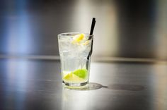 CAIPIRINHA/ CAIPIROSKA (Lime, Zucchero, Cachaca, Vodka)