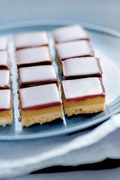 Choco-karamelkoek met twee vingers in je neus / Food / Eten | ELLE Eten Mobiel
