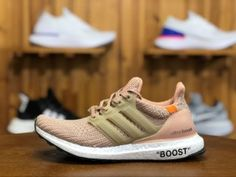 High Quality Adidas Ultra BOOST Running Shoes in www.nikesalezone,com, Designed with unique energy-returning boos technology, this technical running shoe features more boost cushioning material than ever before. Winter Running Shoes, Pink Running Shoes, Running Shoes For Men, Running Women, Adidas Ultra Boost Shoes, Adidas Pure Boost, Pearl White, Adidas Men, Ash