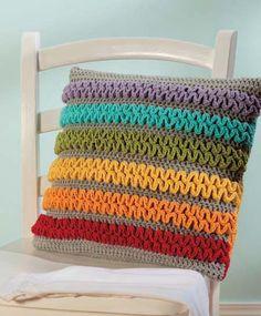 Rainbow wiggle pillow crochet
