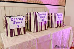 Give your guests dancing shoes at the reception that work well for the reception and as a great favor #Disney #wedding #favors