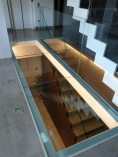 Glass floor and glass panels Stairs Architecture, Interior Architecture, Garage To Living Space, Corporate Interior Design, Glass Bridge, Victoria House, Loft Room, Home Ceiling, Glass Floor