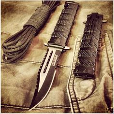 Tac-Force Assisted Opening Rescue Bowie Knife + Paracord. Instant EDC combo...