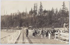 https://flic.kr/p/dWigpc | c. 1920 - Real Photo Underlined Postcard - Early View of the Pier at White Rock, B.C. | A postcard from around 1920 showing a early view of the pier at White Rock, B.C.