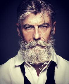 Beard and Moustache Long Hipster Stil, Moda Hipster, Style Hipster, Hipster Fashion, Hipster Man, Older Mens Hairstyles, Haircuts For Men, Popular Haircuts, Men's Hairstyles