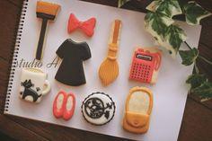 Kiki's Delivery Service cookies!     2016.Jan  魔女の宅急便 只今TVで鑑賞中。。 キキをモチーフにしました  #アイシングクッキー #クッキー #手作りお菓子 #魔女の宅急便 #ジブリ